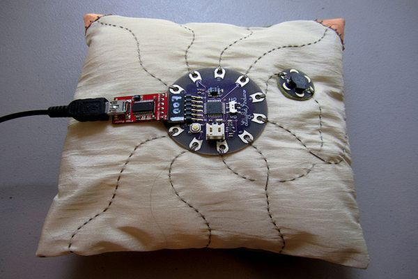 DIY Musical Pillow_10