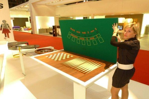 Vegas Game Table_3