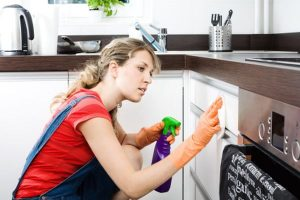 Tips to keep your kitchen clean and tidy