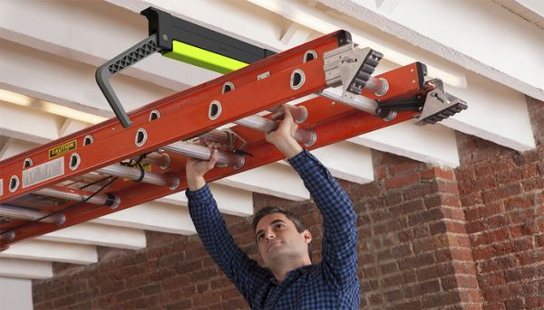 Clutch System Allows Hoisting Of Ladders Along The Ceiling