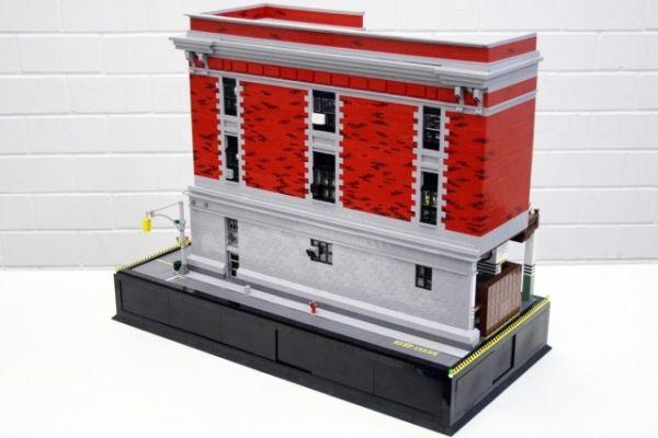 Lego model by Alexander Jones