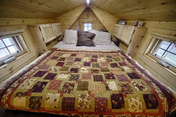 Hand made Tiny Tack House by Malissa and Chris Tack_6