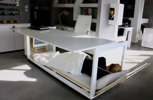 Studio NL's work space desk and sleeping bed_1