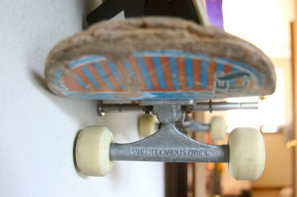 Brook Wilhelmsen crafts a shelving system from skateboards for his 10-year old son_5