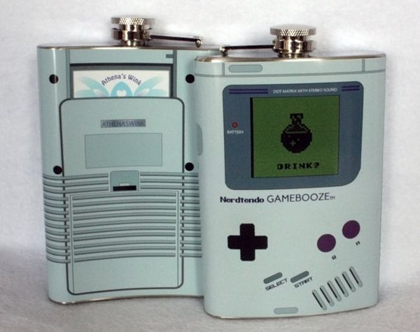 Nerdtendo Gamebooze flask mimics the exalted Nintendo Game Boy_1