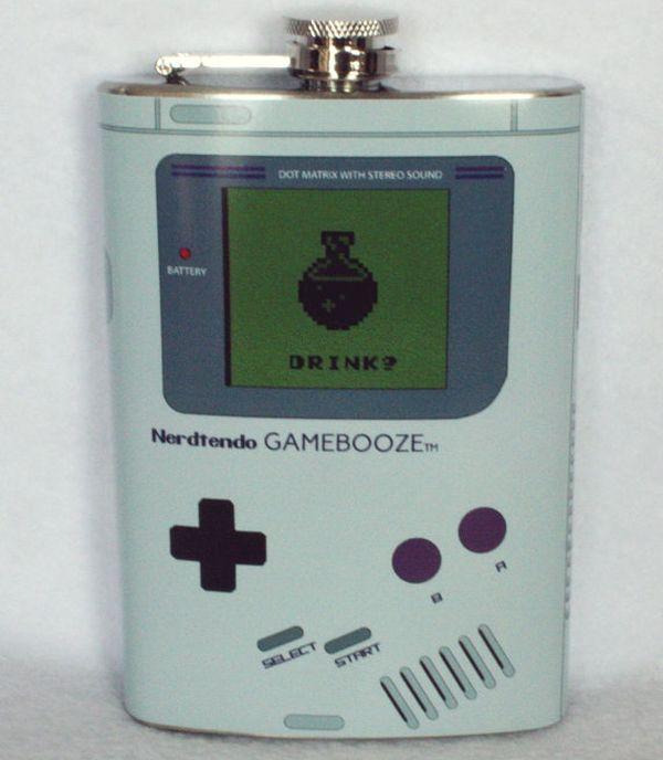 Nerdtendo Gamebooze flask mimics the exalted Nintendo Game Boy_2