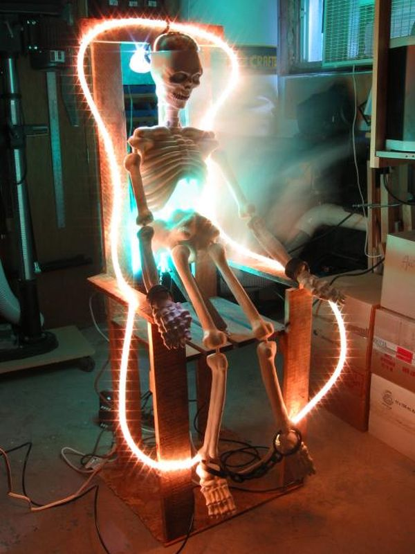 Scary Electric Skeleton Chair