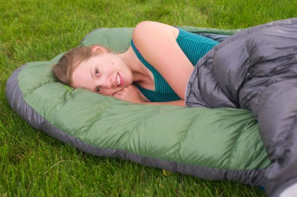 Backcountry Bed - A zipper-less sleeping bag for improved comfort_1