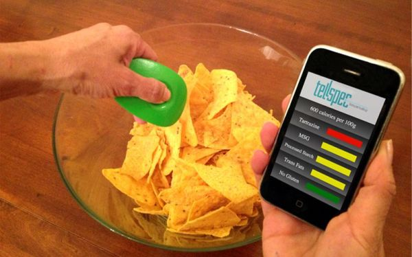 TellSpec a food's calories and chemicals checker_4
