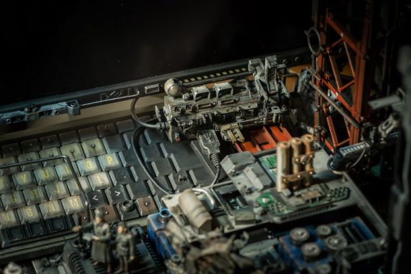 diorama setup by Hiroto Ikeuchi assembling PC case mods together_2
