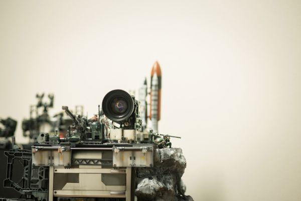 diorama setup by Hiroto Ikeuchi assembling PC case mods together_5