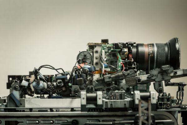 diorama setup by Hiroto Ikeuchi assembling PC case mods together_7