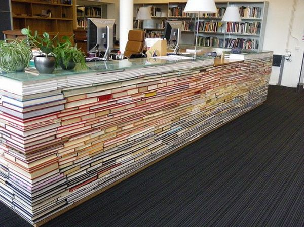 library front desk from re-purposed books, at the Delft University of Technology_3