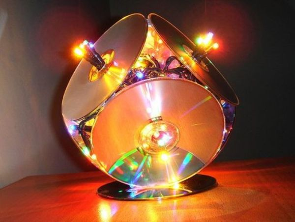 Christmas Lamp from CDs