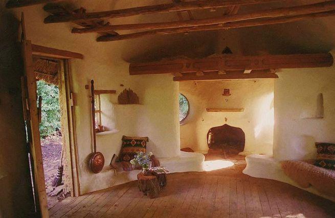 Michael Buck creates cob house for $250_2