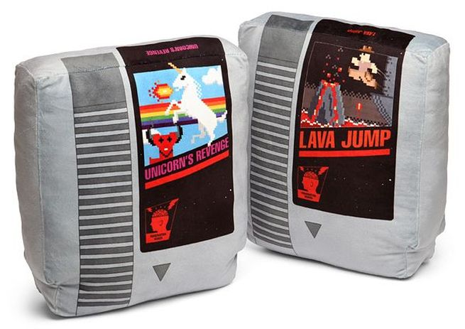 Retro Video Game Cartridge Pillow Set_5