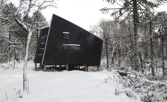 Little winter cabin Corralco, Chile_2