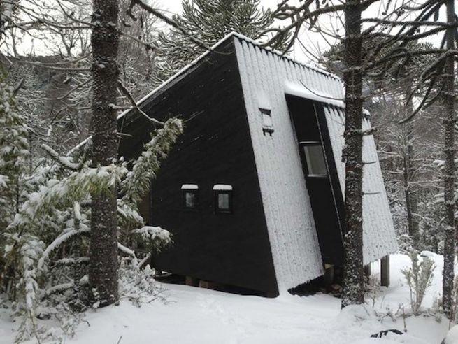 Little winter cabin Corralco, Chile_9