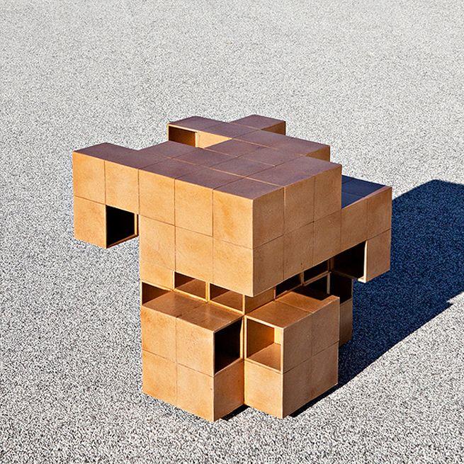 Puzzle table by Alberto Dias Ribeiro
