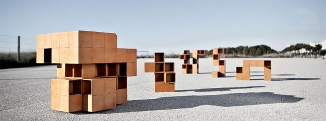 Puzzle table by Alberto Dias Ribeiro_1