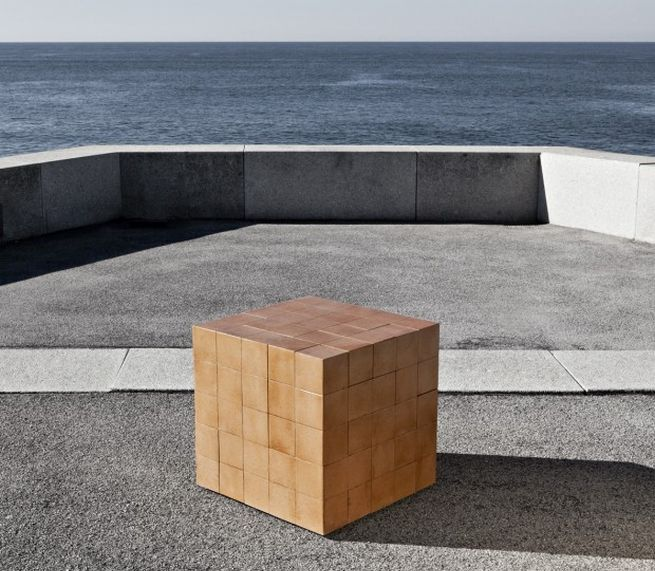 Puzzle table by Alberto Dias Ribeiro_2