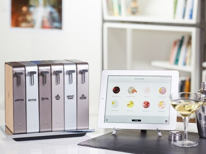App-controlled cocktail maker by Pernod Ricard_2