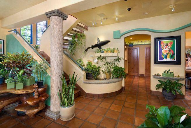 California cat house by Trillium Enterprises_2