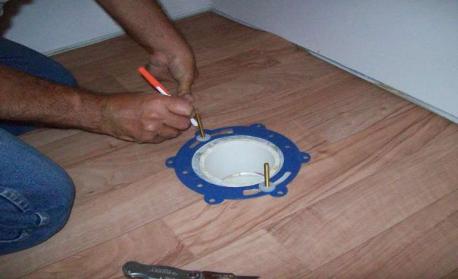 How to install your new toilet_3