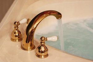 How to replace a bathroom faucet_1