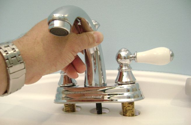 How to replace a bathroom faucet_4