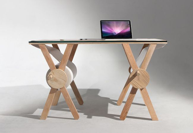Analog Memory Desk by Kirsten Camara_2