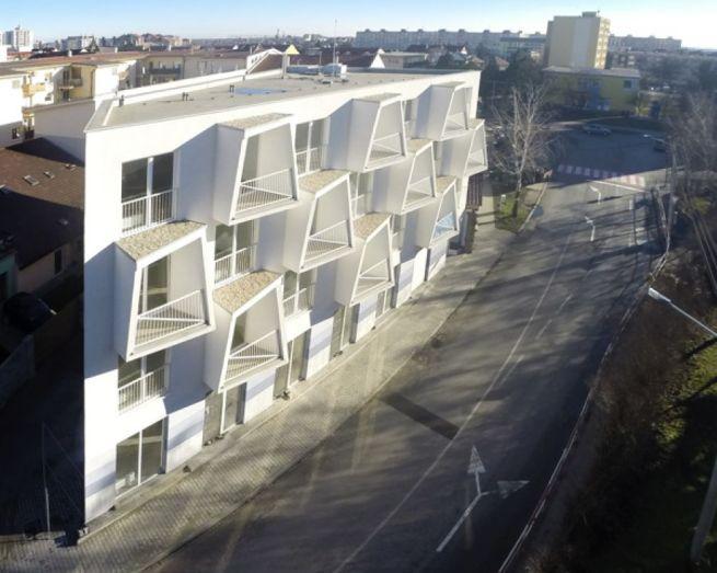 Angles Make North Star Apartments_1