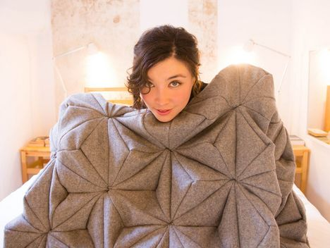 Bloom blanket by Bianca Cheng Costanzo_1