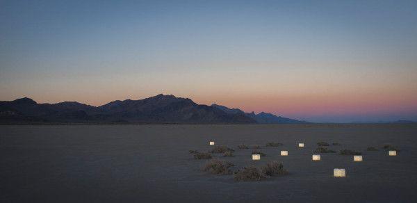 Lumio light opens like book_6