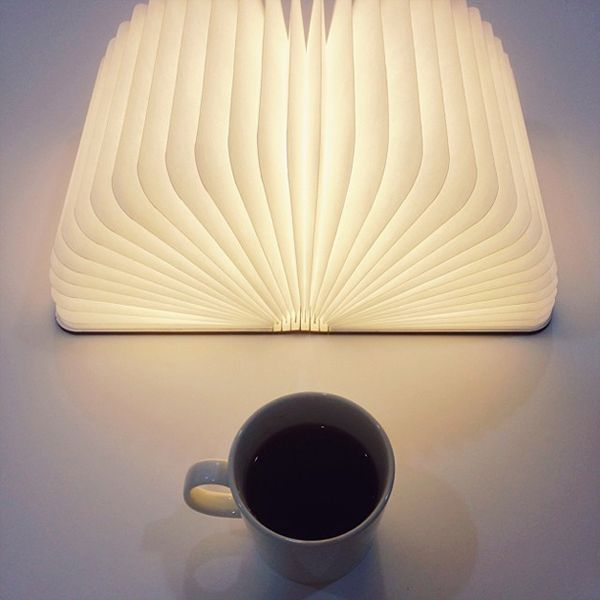 Lumio light opens like book_8