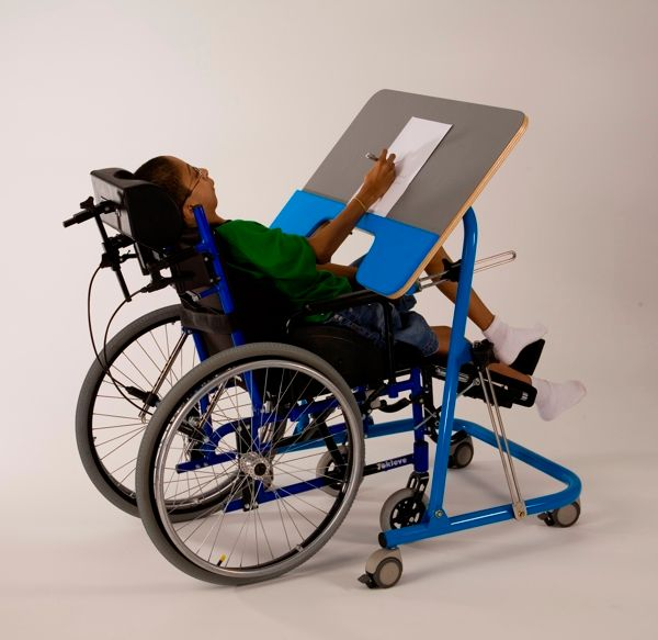 Pedagogic Folding Table by Paulo Oliveira_3