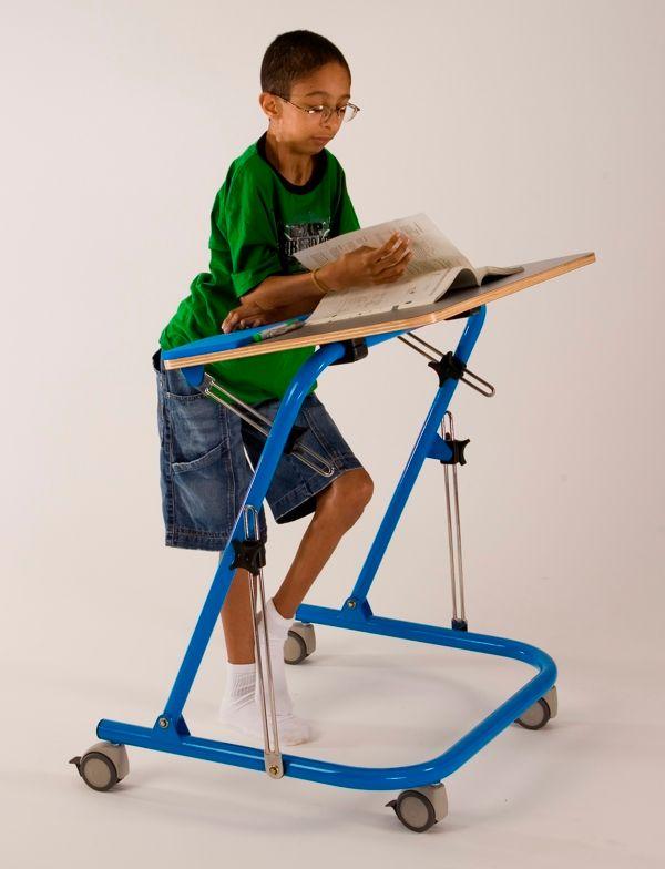 Pedagogic Folding Table by Paulo Oliveira_5