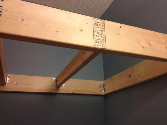 Space-optimising suspended loft bed_3