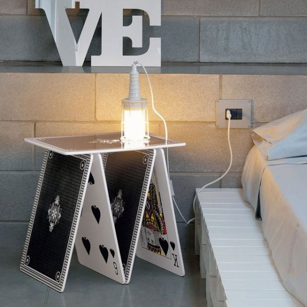 A La Carte Side Table_1