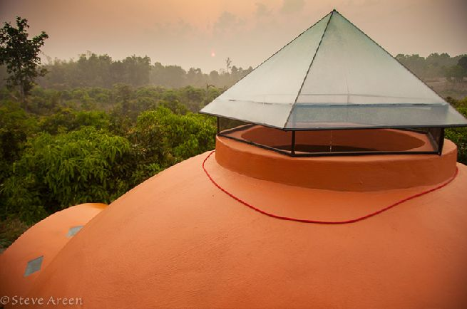 Dome home by steve areen Thailand_4