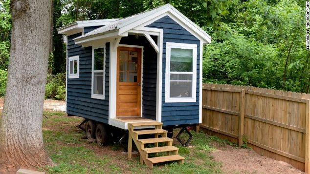 128-square-foot tiny house by Sicily Kolbeck_12