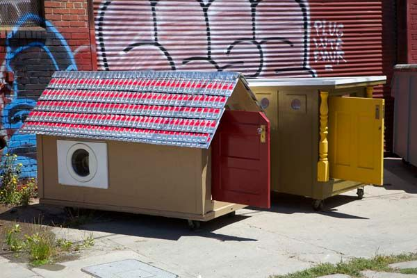 Gregory Kloehn creates mobile homes_8