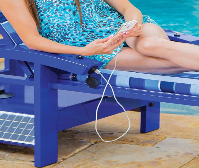 Solar Powered Entertainment Lounger_3