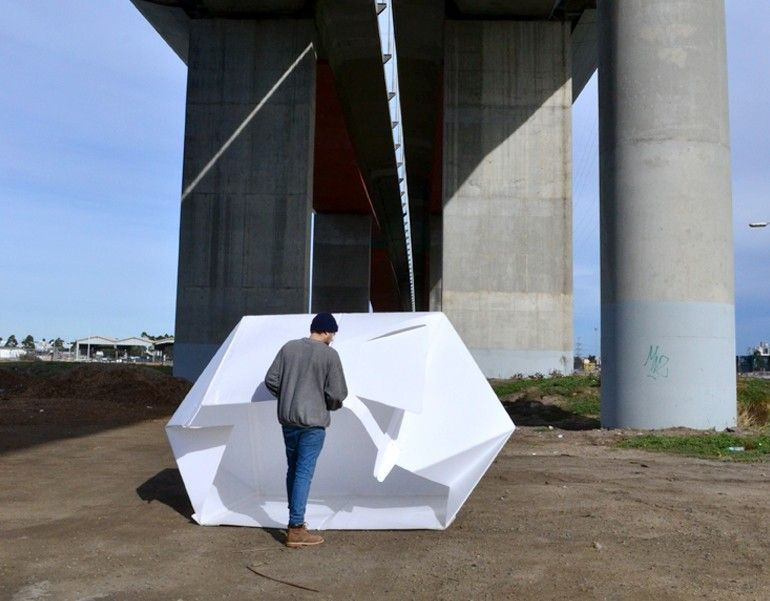 The flat-packed Compact Shelter by Alastair Pryor_4