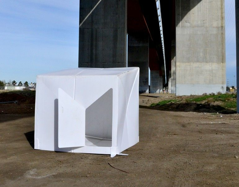 The flat-packed Compact Shelter by Alastair Pryor_5