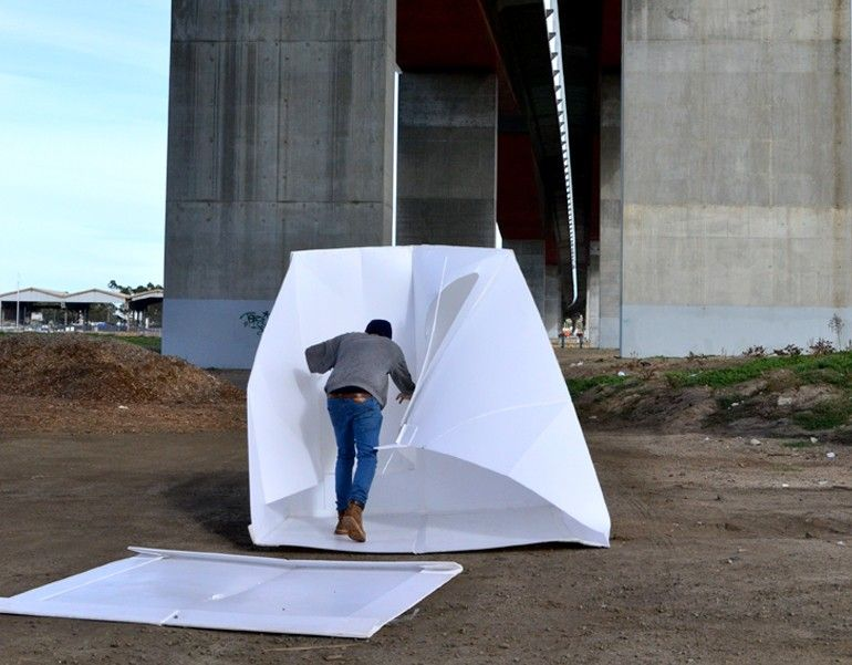 The flat-packed Compact Shelter by Alastair Pryor_7
