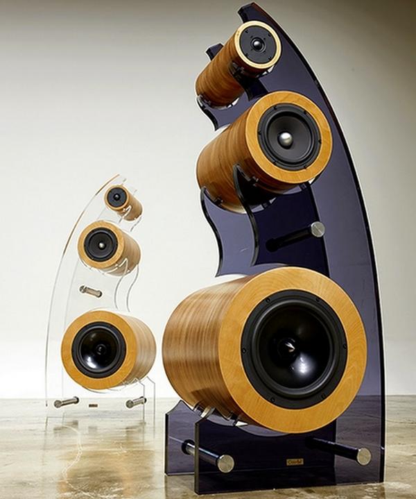 Courbe-Speakers-1