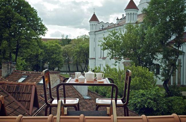 Aine Bunikyte's roof based furniture set_3