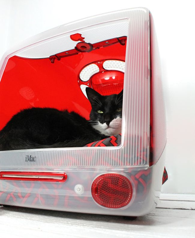 Bed made from Old iMac_7