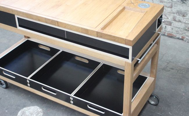 Mobile kitchen counter by Pierre Joncquez_2